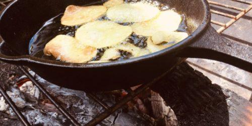 BBQで変わり種にポテトチップス作り!